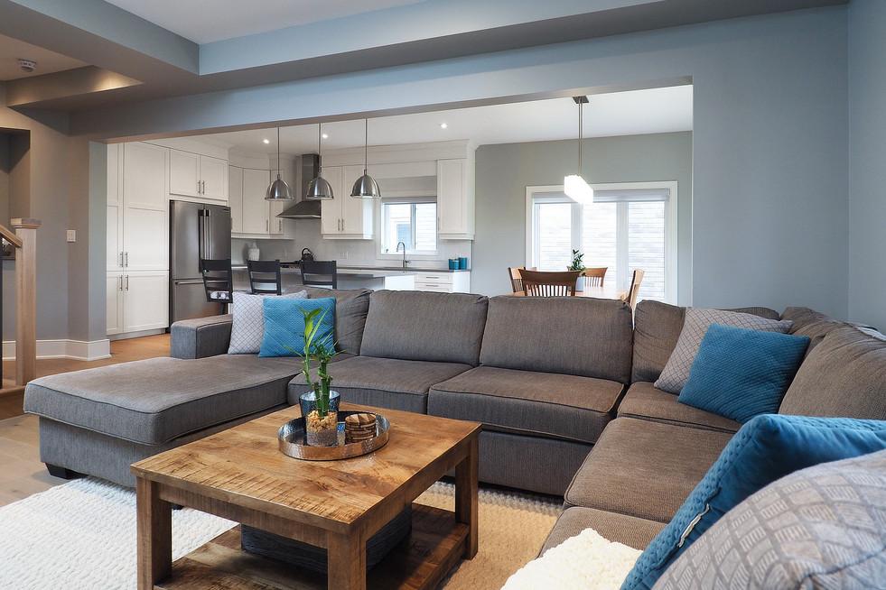 Living Room 4 - 190 Eaglecrest Street - For Sale