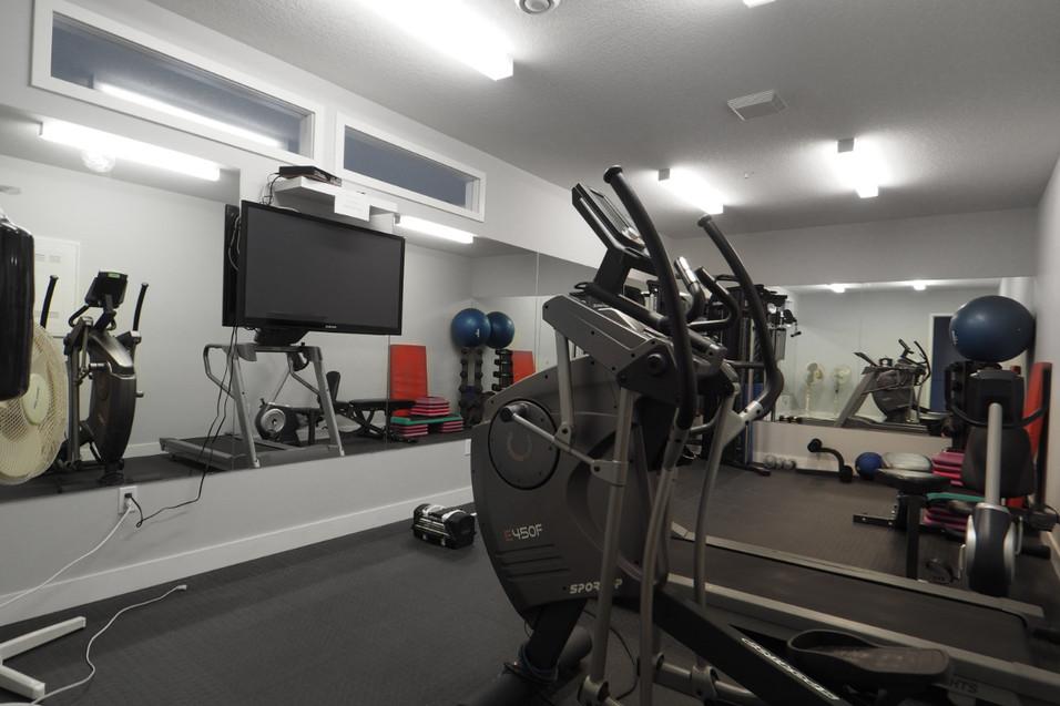 209-188 King - Gym