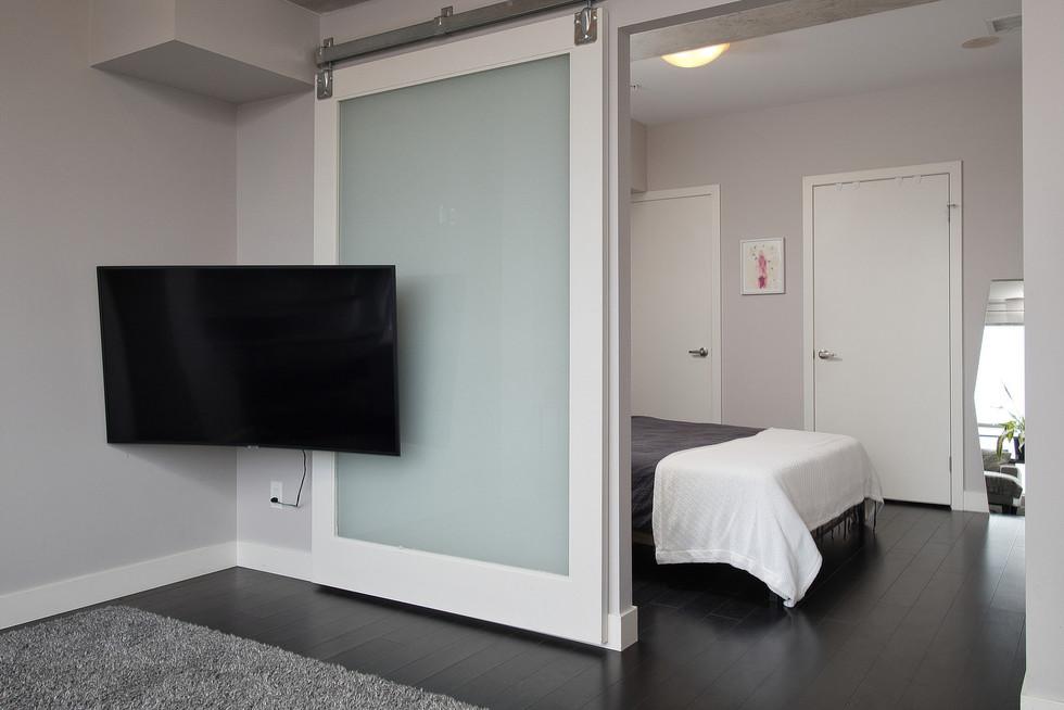 19 02 Bed.jpg