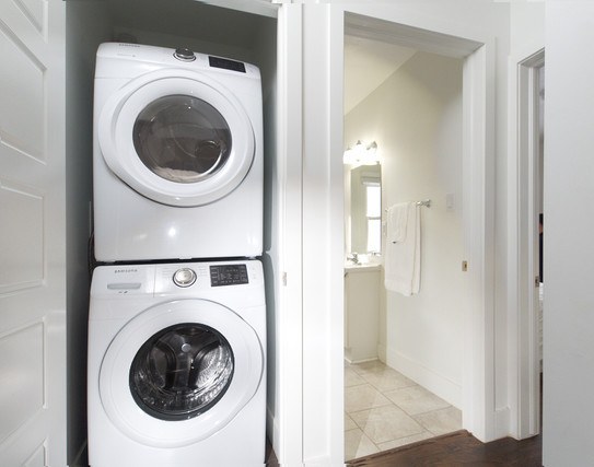 391 Victoria Street South For Sale - Laundry
