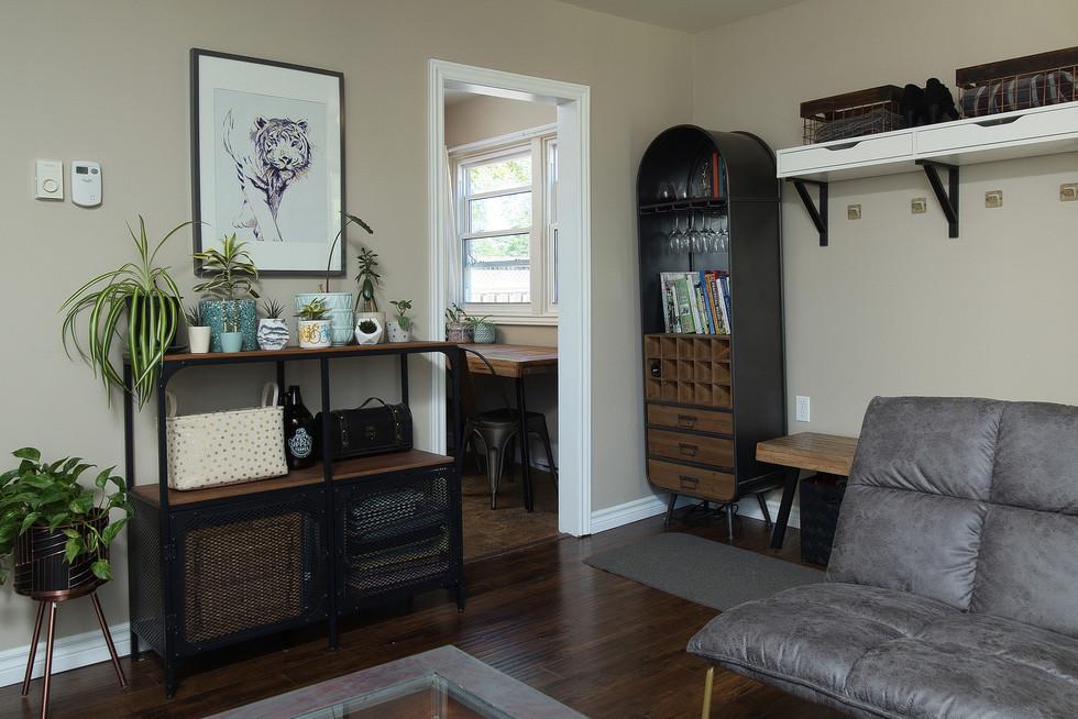 Living Room 4 - 9 Windsor Crescent For Sale