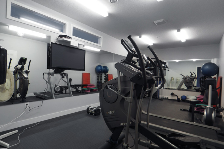 316-188 King - Exercise Room