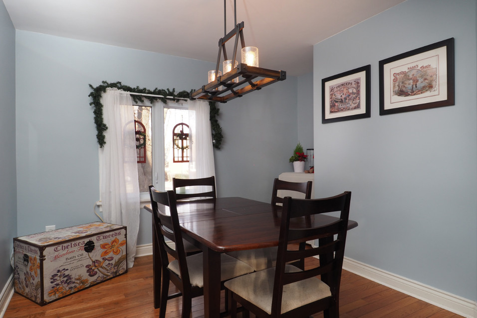 59 Belleview For Sale - Dining Room 1