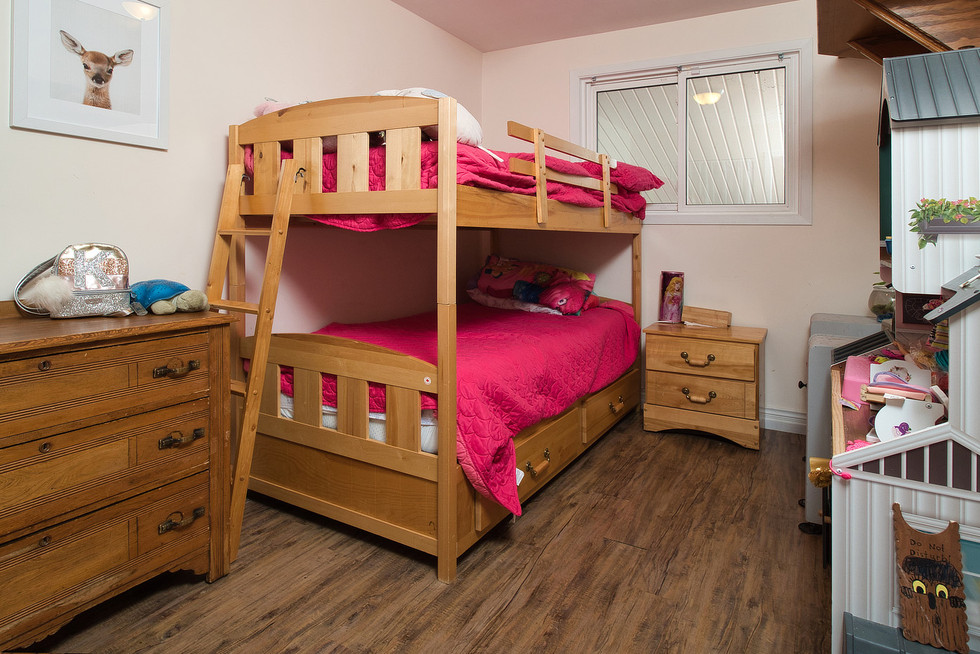 Bedroom - 1 Tanager For Sale
