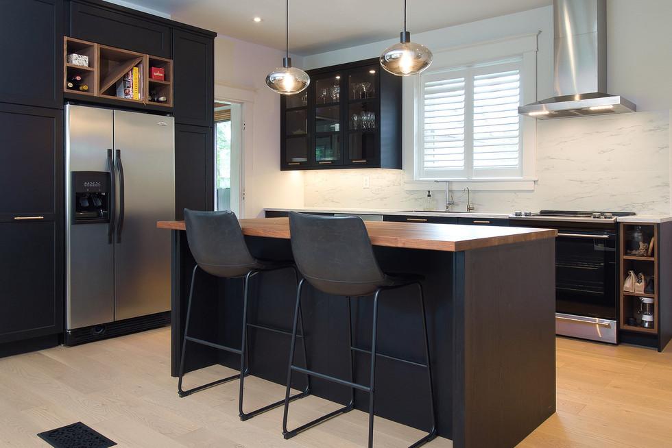 17 Kitchen 03.jpg