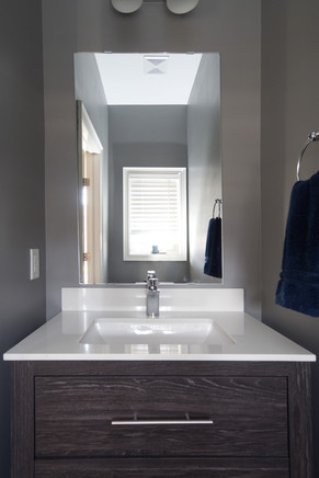 15 Greenwater - Powder Room 2