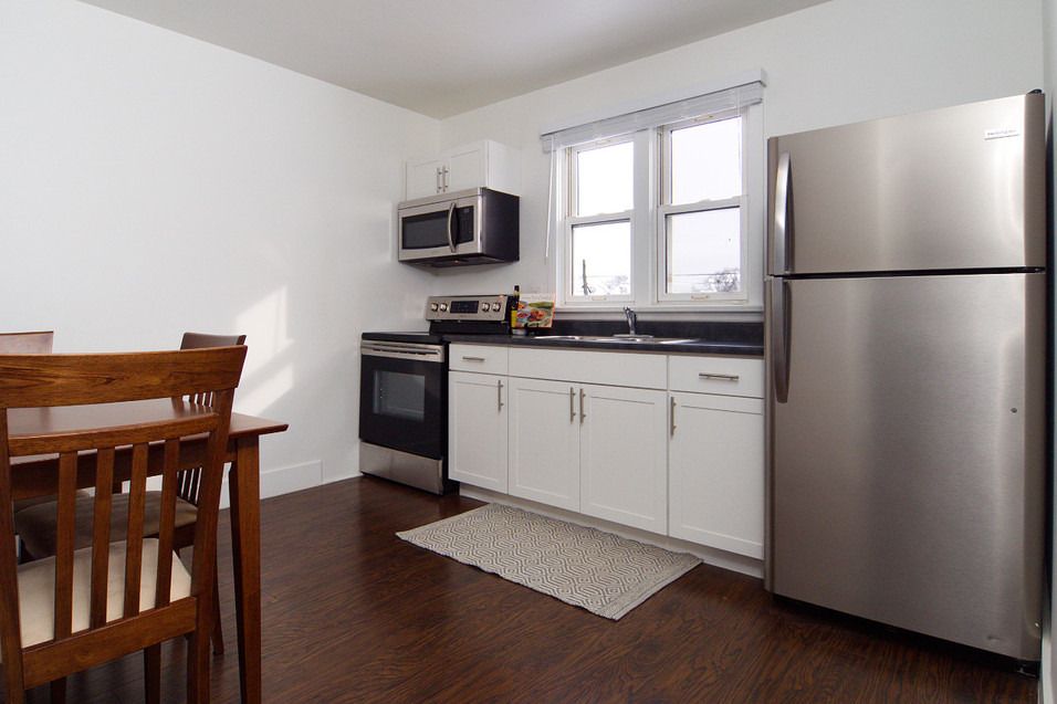 391 Victoria Street South For Sale - Kitchen 2
