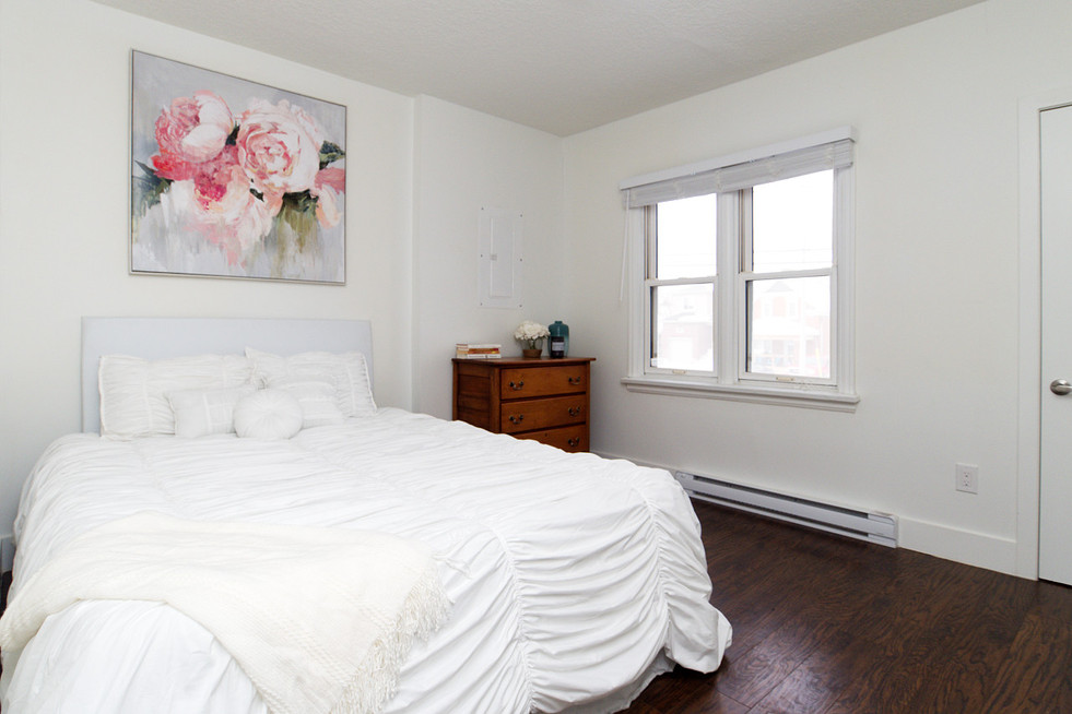 391 Victoria Street South For Sale - Master Bedroom