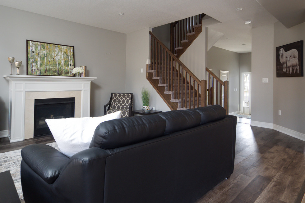 15 Greenwater - Living Room 4