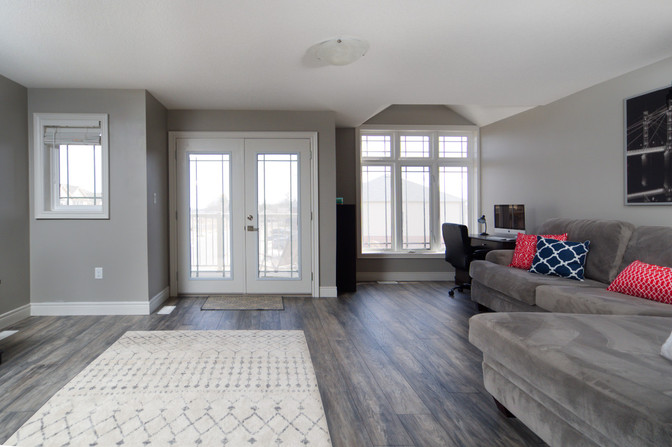 15 Greenwater - Loft Living Room