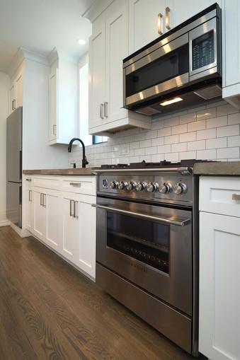 Kitchen 5 - 132 Queen St N - For Sale
