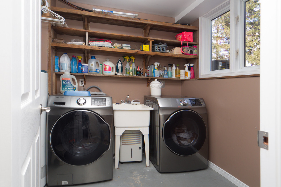 139 Queen St - Laundry Room