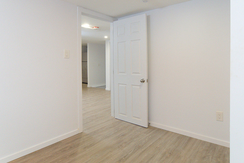 391 Victoria Street South For Sale - Basement Bedroom 2