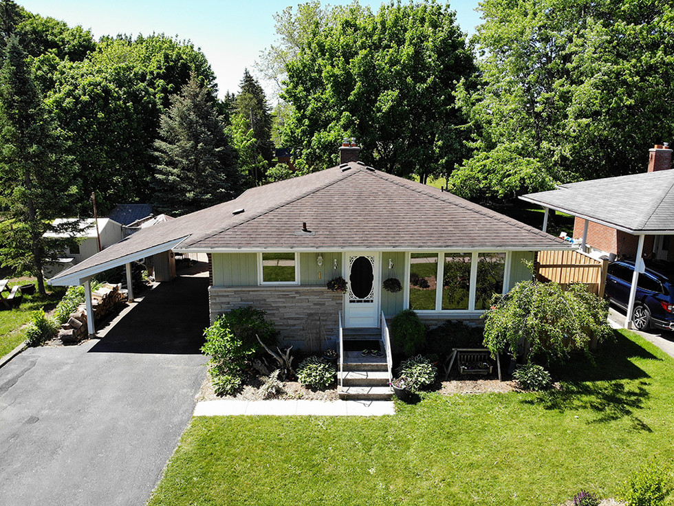 Front Exterior - 1 Tanager For Sale