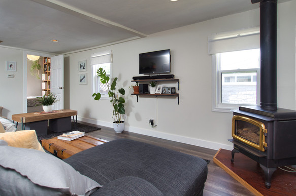 Living Room 3 - 17 Portland