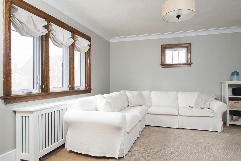 Living Room - 410 Courtland Ave E