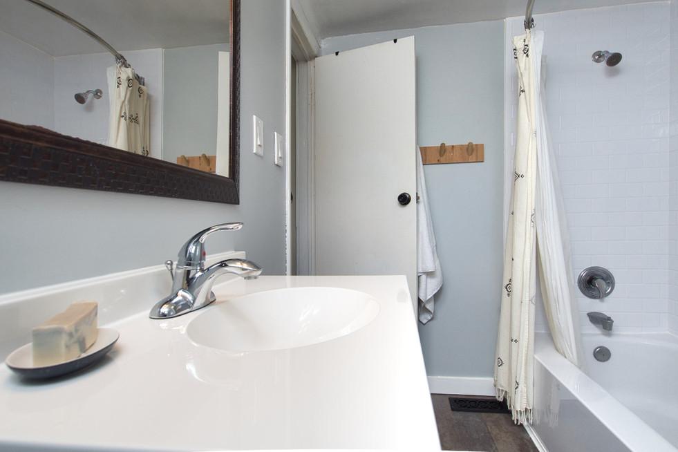 Bathroom 3 - 17 Portland