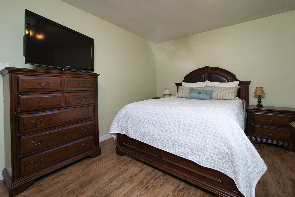 Master Bedroom 2 - 1 Tanager For Sale