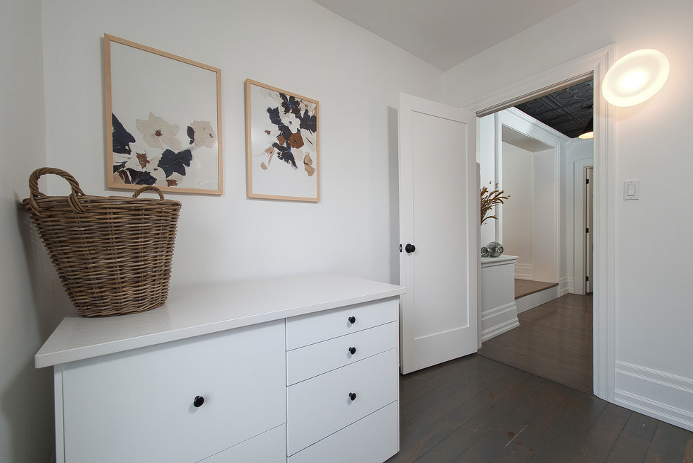 Laundry Room 3 - 132 Queen St N - For Sale