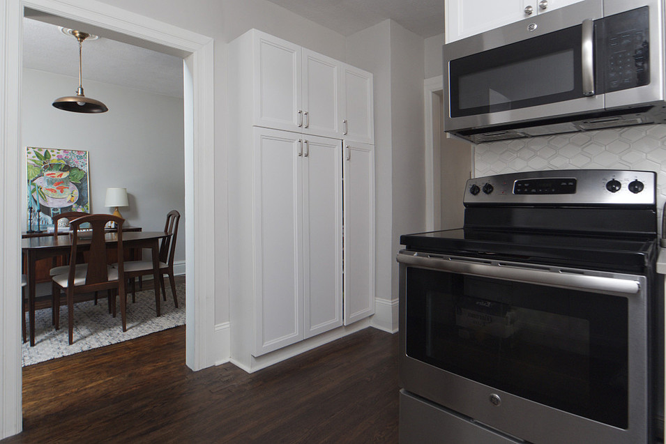 Kitchen 4 - 137 Madison Ave S For Sale