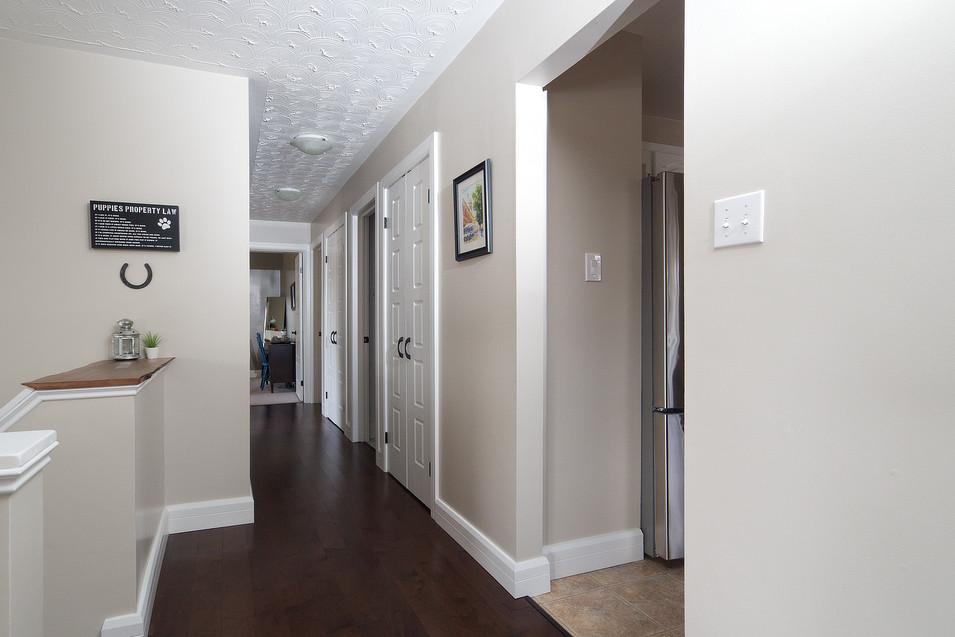 139 Queen St - Hallway