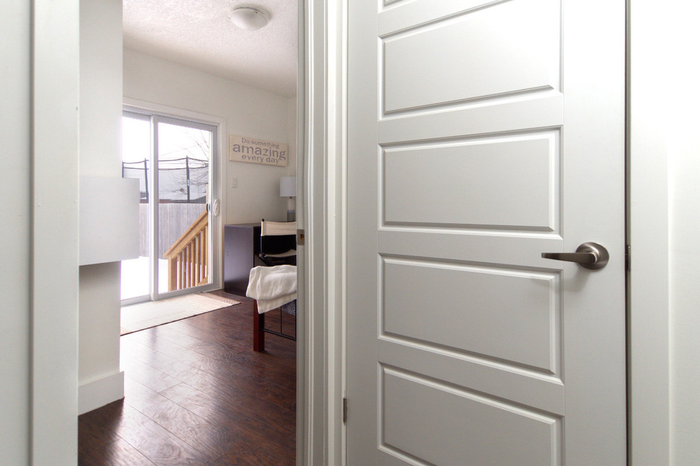391 Victoria Street South For Sale - Hallway