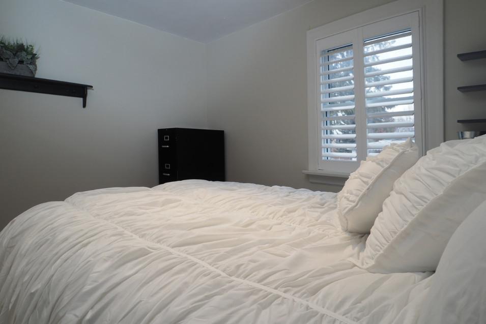 59 Belleview For Sale - Main Floor Bedroom 2