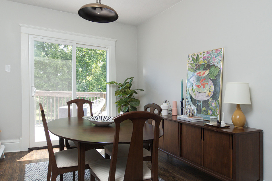 Dining Room - 137 Madison Ave S For Sale