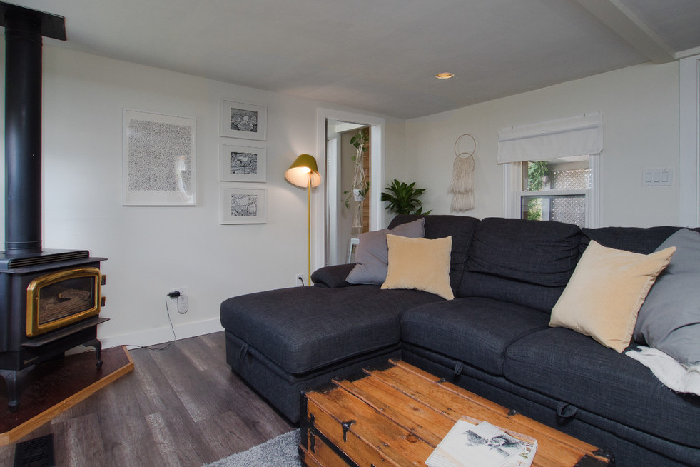 Living Room 5 - 17 Portland