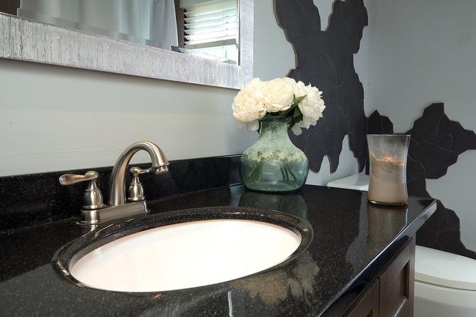 Bathroom 2 - 294 Maurice For Sale