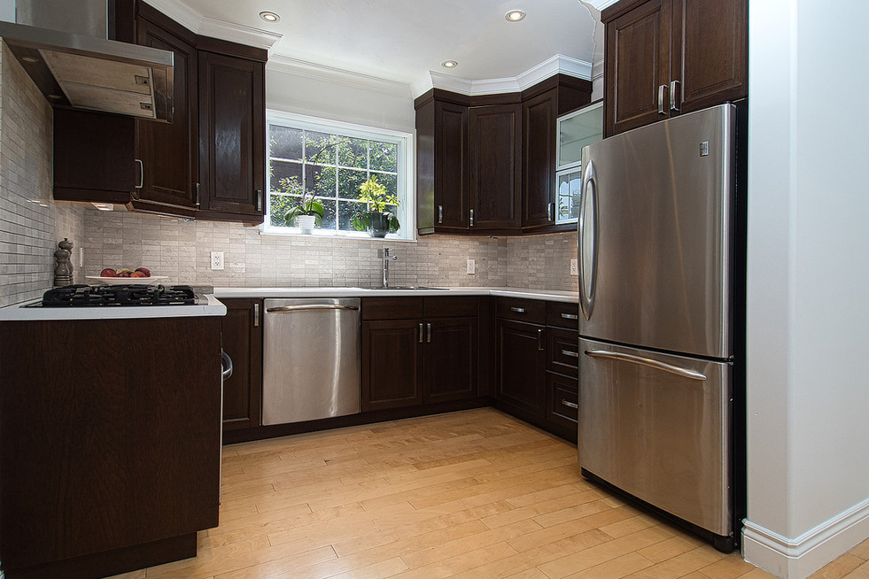 Kitchen - 11 Park Street - For Sale