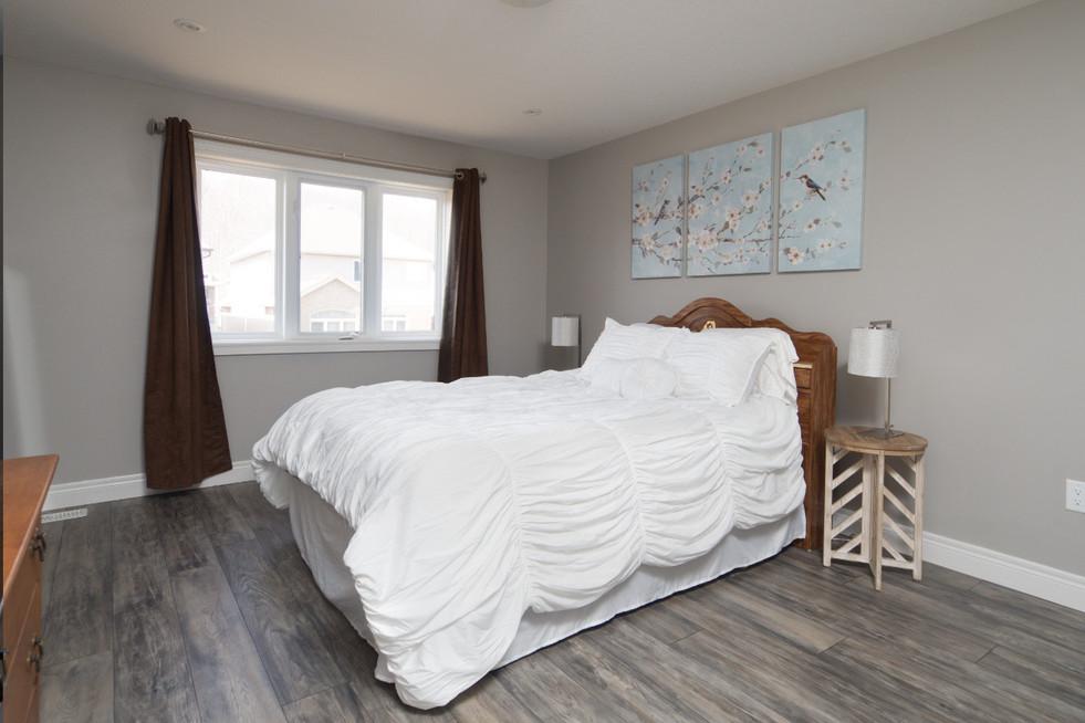 15 Greenwater - Master Bedroom