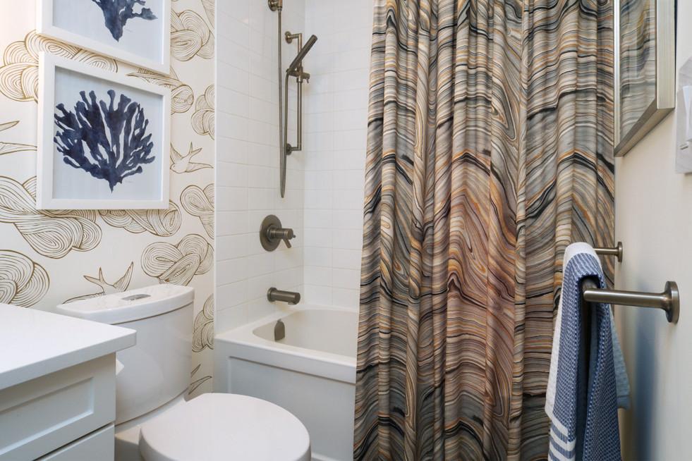 316-188 King - Bathroom 2