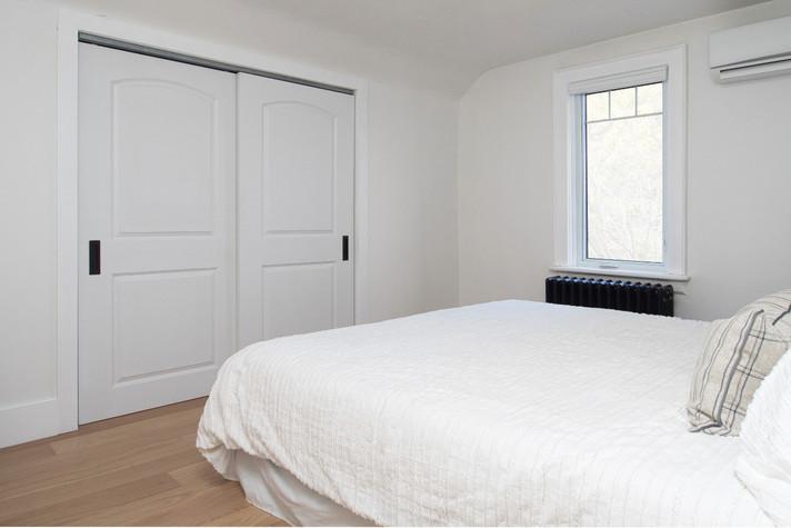 Master Bedroom  - 410 Courtland Ave E