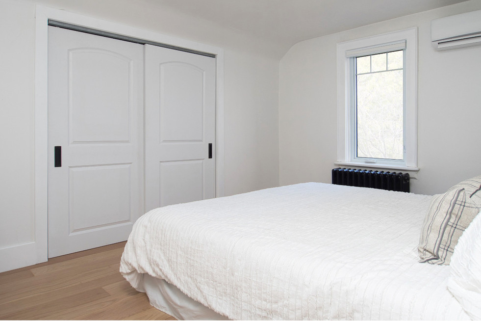 Master Bedroom  - 410 Courtland Ave E