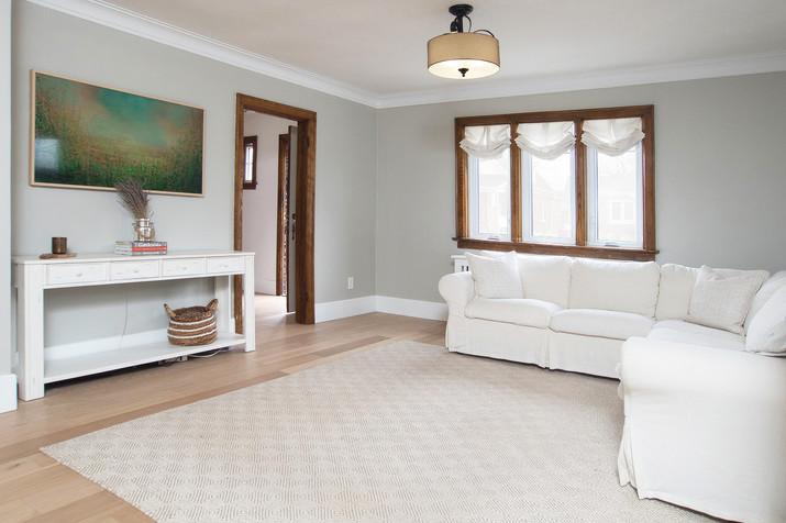 Living Room 3 - 410 Courtland Ave E