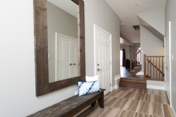 15 Greenwater - Entryway 2
