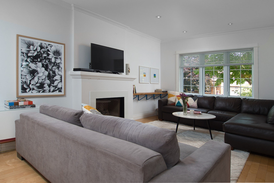 Living Room - 11 Park Street - For Sale