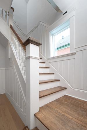 30 Main Stairs Up 02.jpg
