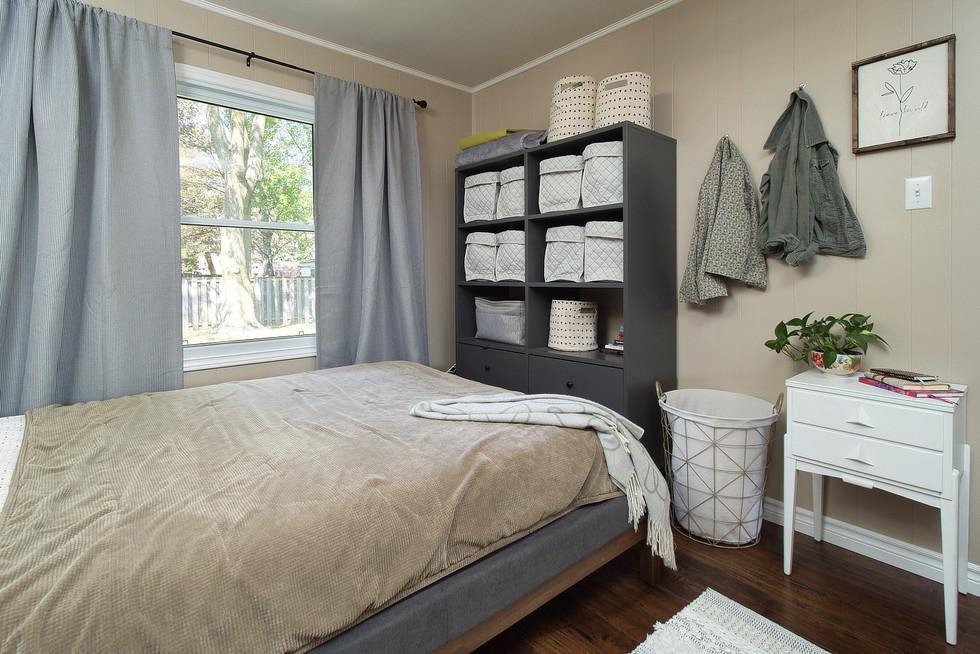 Master Bedroom 2 - 9 Windsor Crescent For Sale