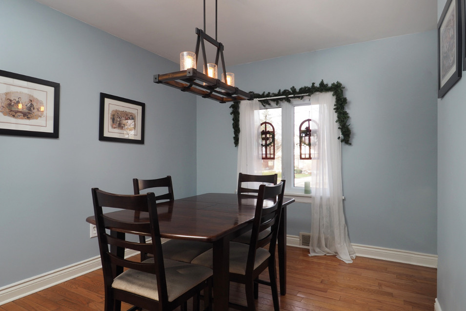 59 Belleview For Sale - Dining Room 2