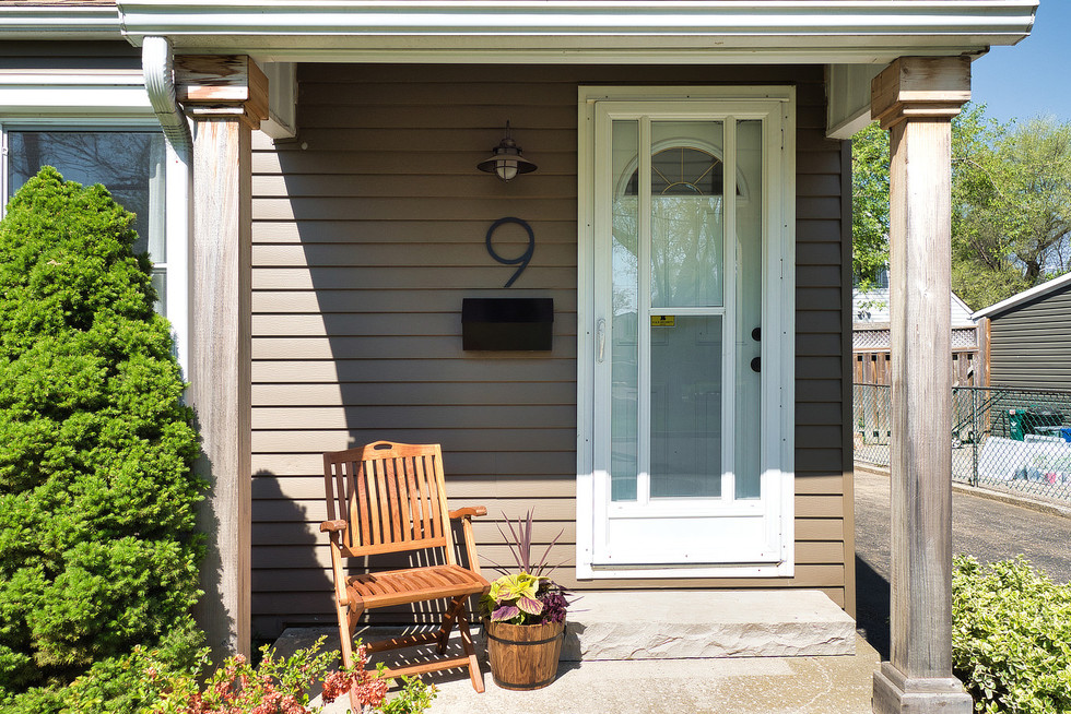 Front Door - 9 Windsor Crescent For Sale