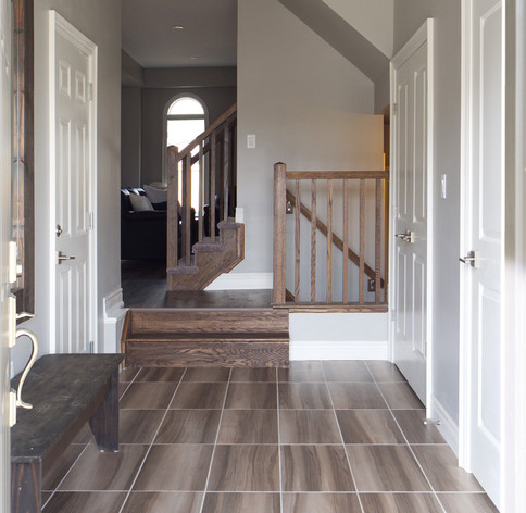 15 Greenwater - Entryway