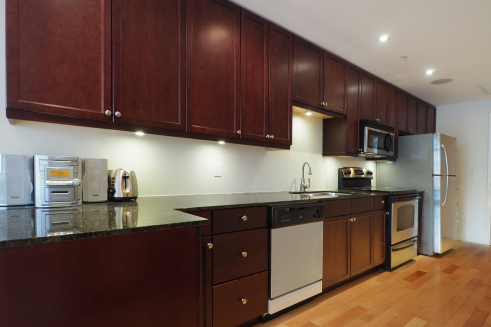 209-188 King - Kitchen 4