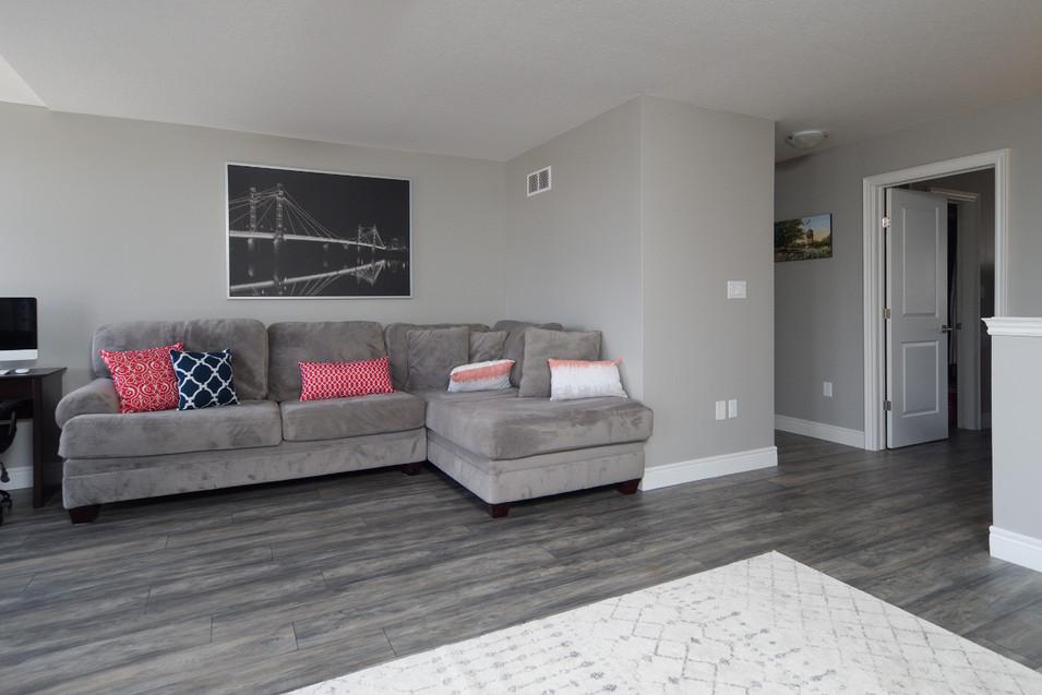 15 Greenwater - Loft Living Room 4