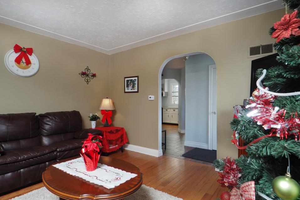 59 Belleview For Sale - Living Room 3