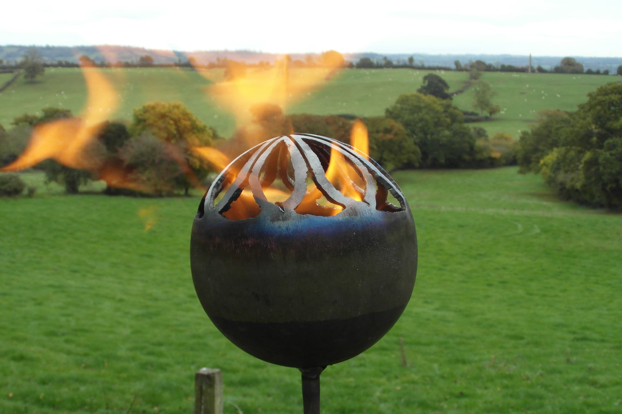 Large Flower Fire Pod £40