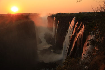 Victoria Falls,, Eastern Cataract at Sun