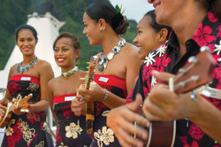 THE POLYNESIAN GAUGUINES