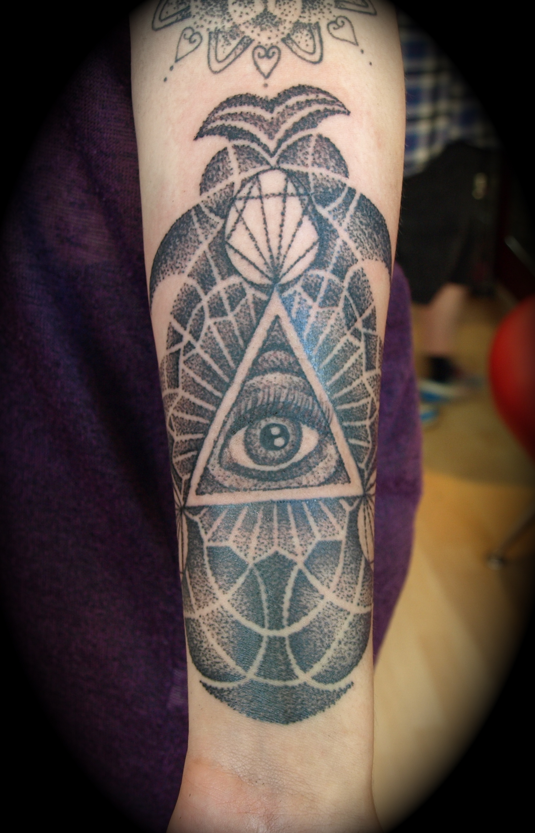 neo trad dotwork tattoo doncaster
